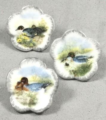 3 Mack Porcelain Ducks