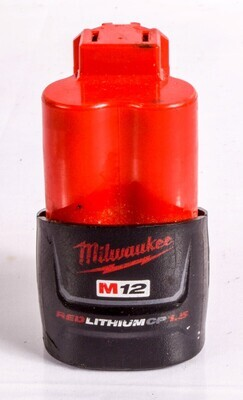 MILWAUKEE M12 RED LITHIUM CP1.5 - BATTERY