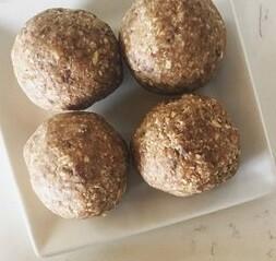 Oatmeal Cookie Bliss Balls