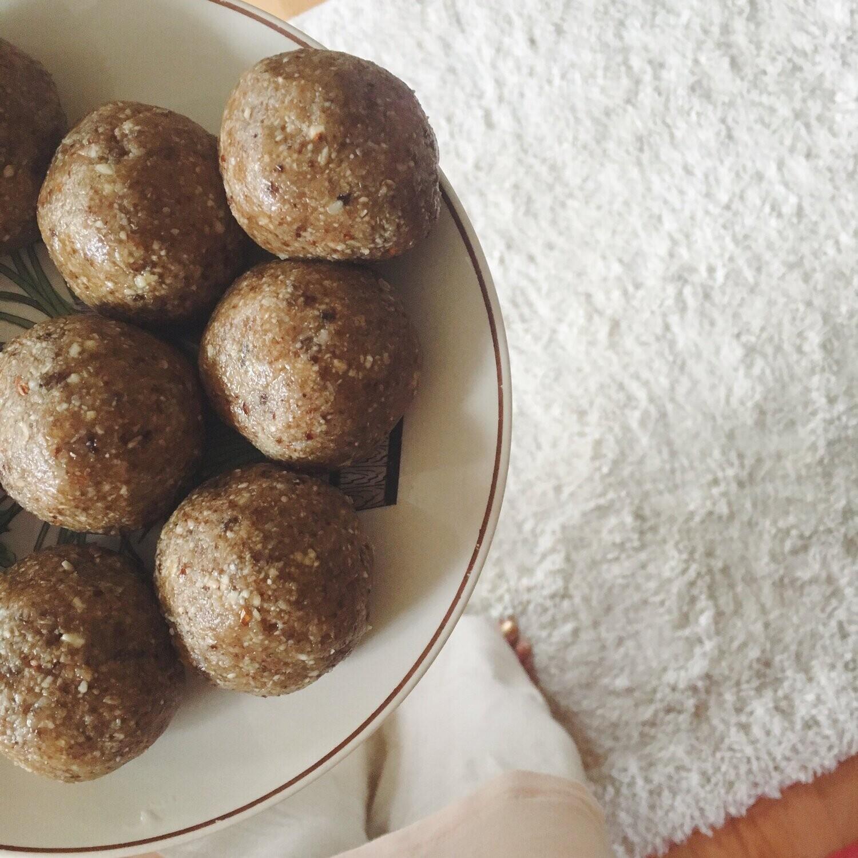 Pumpkin Spice Bliss Balls - 1 dozen