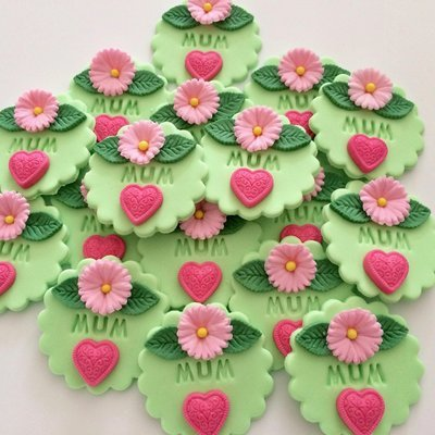 Green Mum Cupcake Toppers
