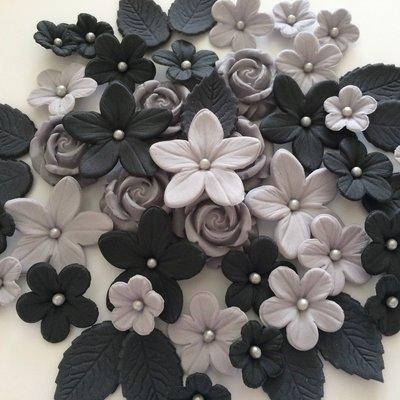 Love Mono Flowers