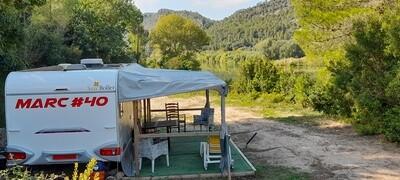 4 Birth River Ebro  Caravan Accommodation