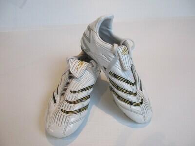 Adidas Football Boots US 2  (Near-New) (EC186)