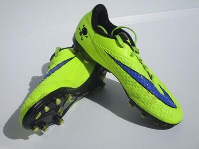 Nike Football Boots US4 (Near-New) (EC219)