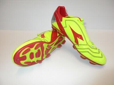 Diadora Venom Football Boots US 6 (Near-New) (EC233)