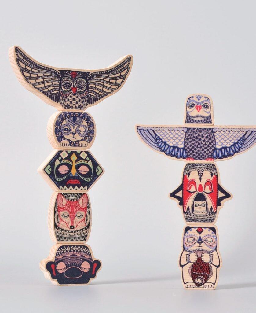 Totem balancing game