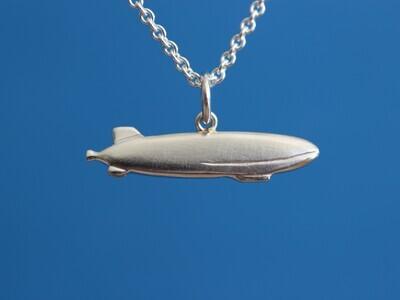 Kettenanhänger Zeppelin-NT Sterlingsilber in Form eines Luftschiffs für Damen und Herren