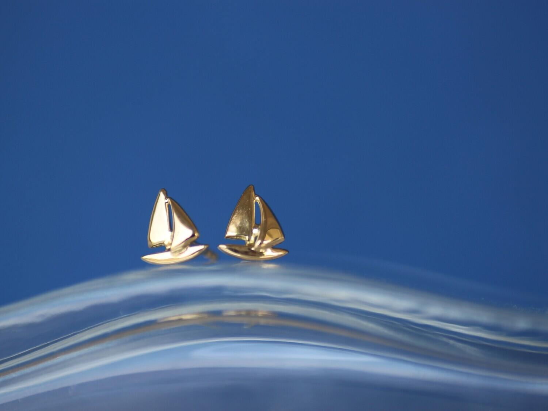 Ohrstecker SEGLER in Form eines Segelbootes, für Damen und Herren