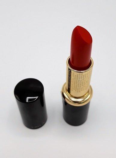 Lipstick 112