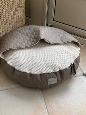Mellow bed Quitled Taupe Size 2