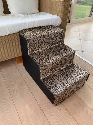 Venere stair Black with leopard