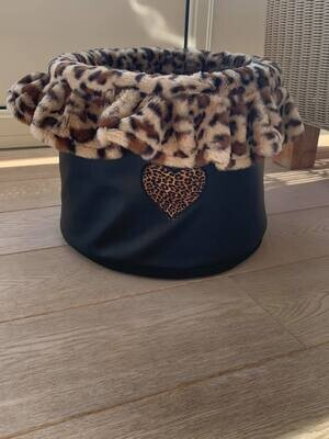 My Hearts Toybox Black with Leopard
