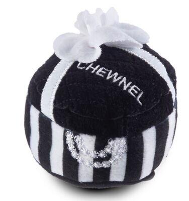 Chewnel present toy black
