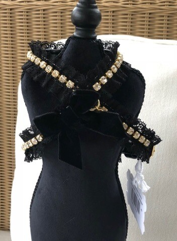 Sunny Black Harness