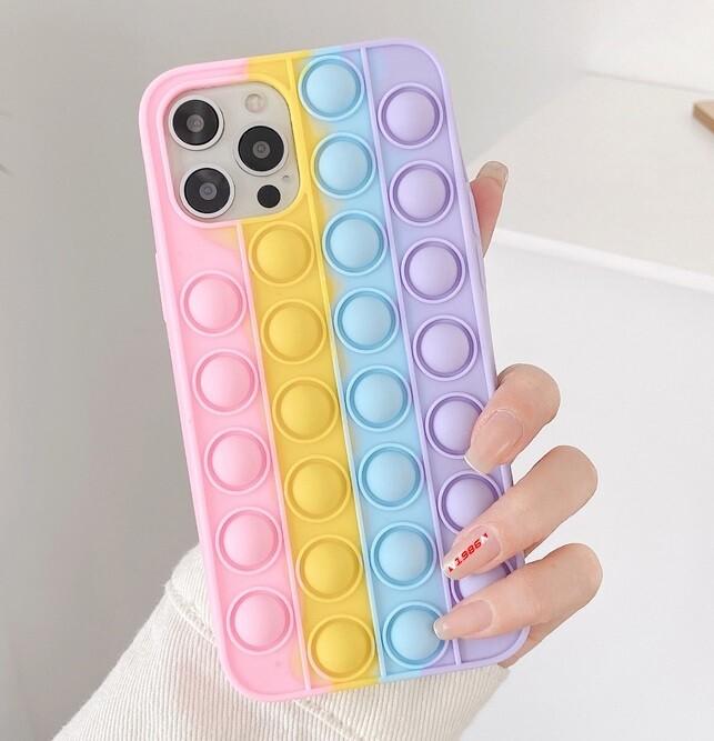 Coque 3D colorée pour iPhone (12, 11, SE, X, XR, XS, 8, 7, 6)