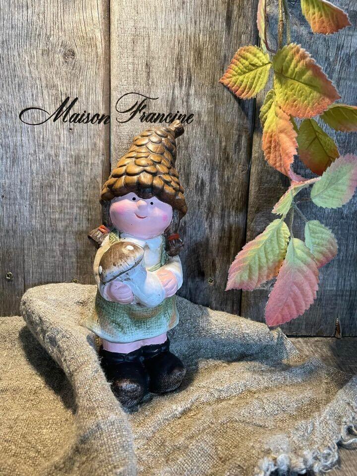Herfst meisje 22cm met paddestoel