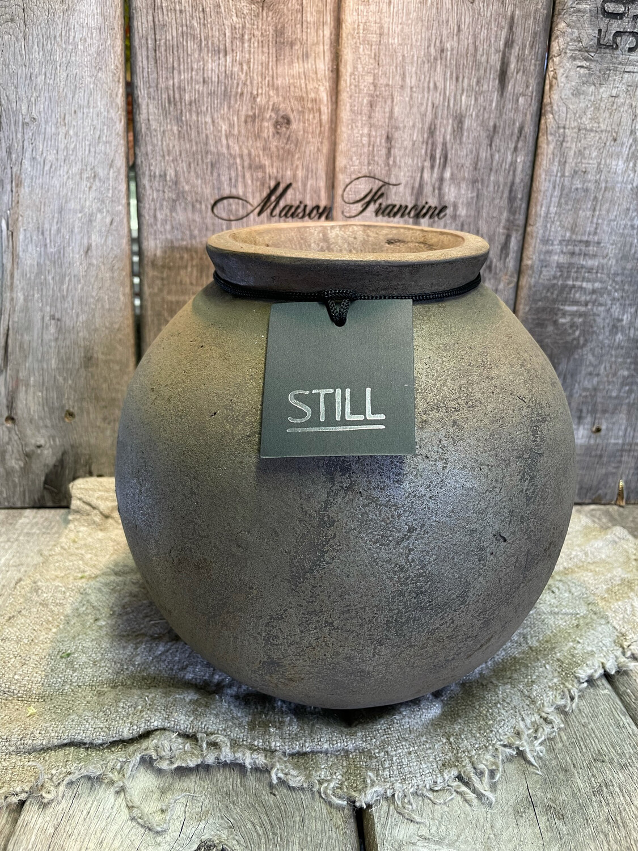 Still Vaas Kendil Vase L Cooper Brown