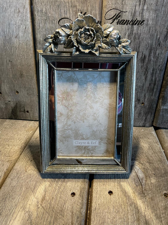 Foto kader met bloem zilver