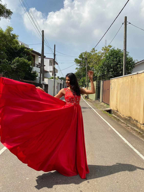 Red embellished Diva Flared dress with open back