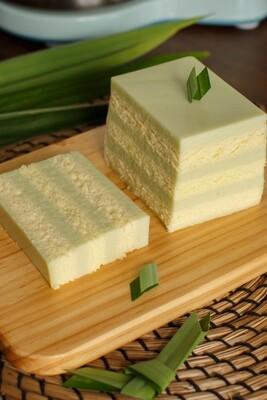 Single Box:Original Pandan Layer Cake  香滑班兰口味(单盒)