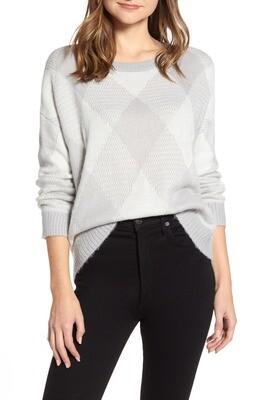 Vince Camuto Fuzzy Argyle Sweater (Retail $99) Size L