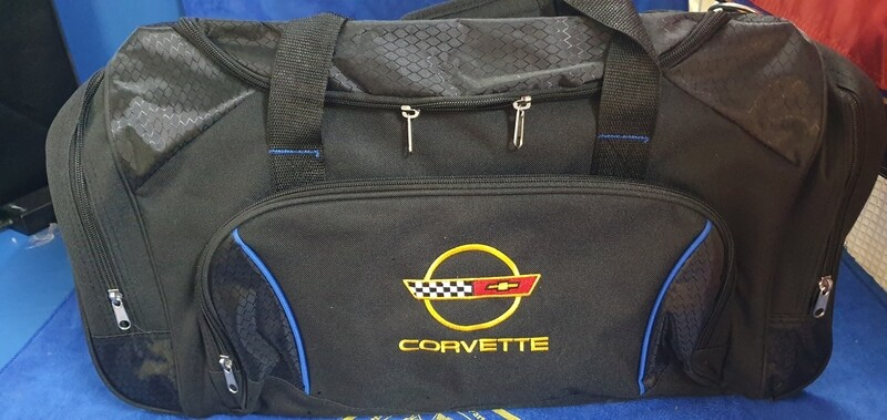 HIGH QUALITY CORVETTE TRAVEL BAG WITH C4 LOGO -600 L x 260 W x 280 H BLACK / RED TRIM (# LEEBC4) 2B6