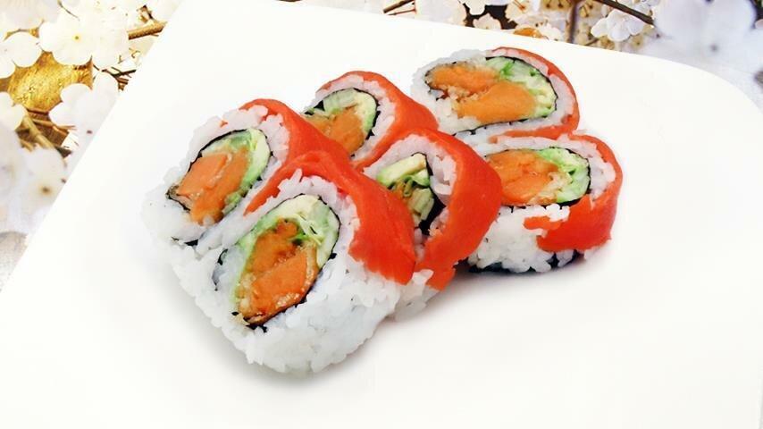Smoked Salmon Yam Tempura Roll