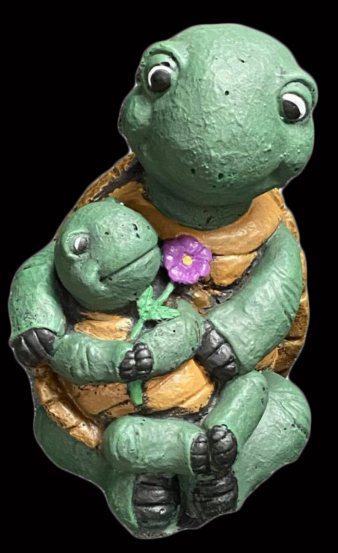 Sitting Turtle w/ Baby