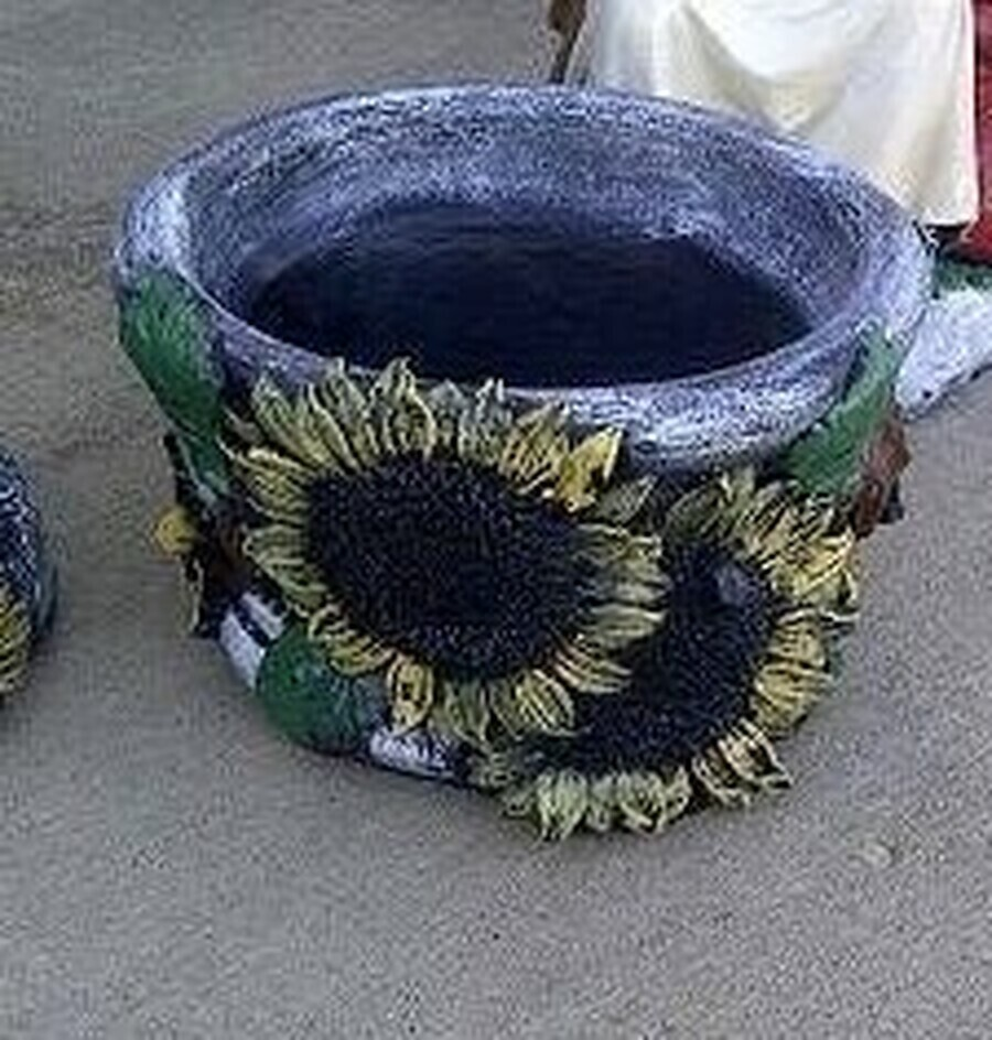 Sm. Sunflower Pot