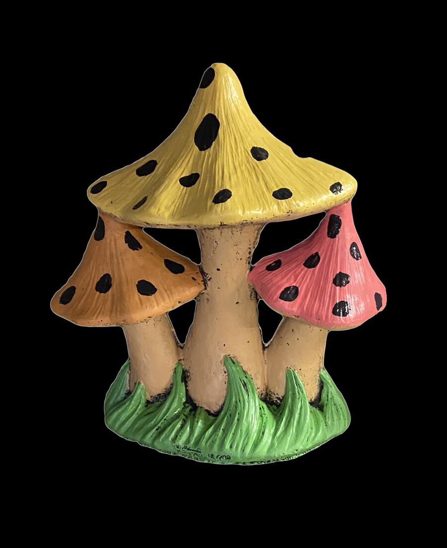Lg. Pointed Triple Mushroom