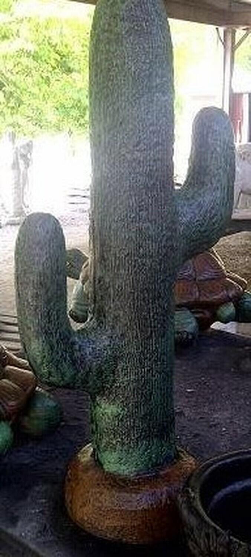 Lg. Cactus