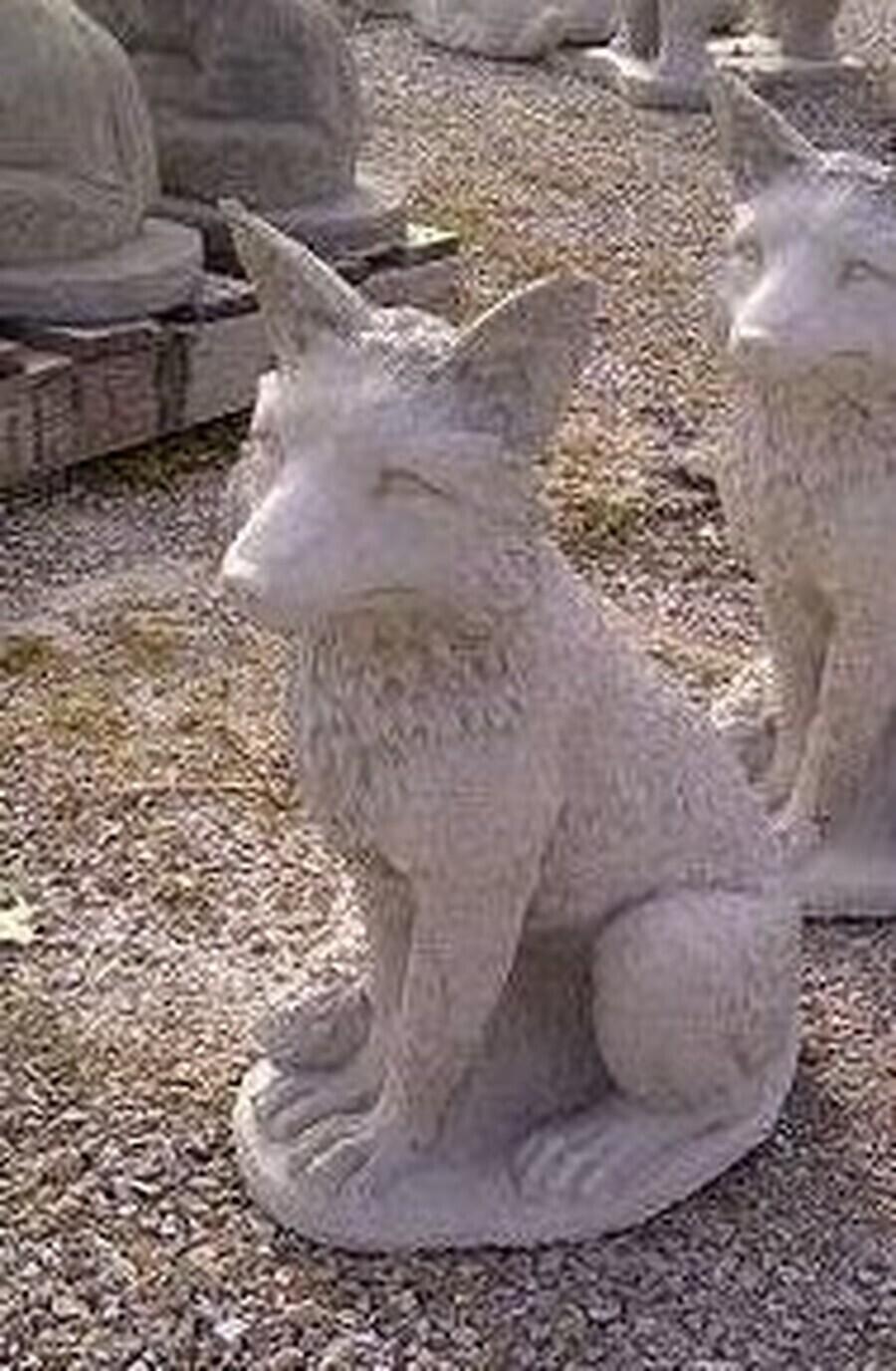 Detailed Sitting Fox