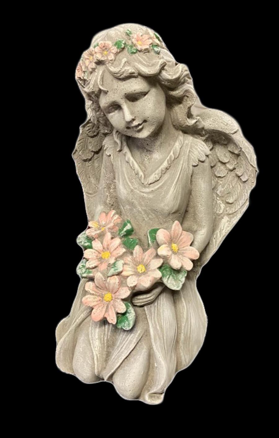 Kneeling Angel w/ Flowers