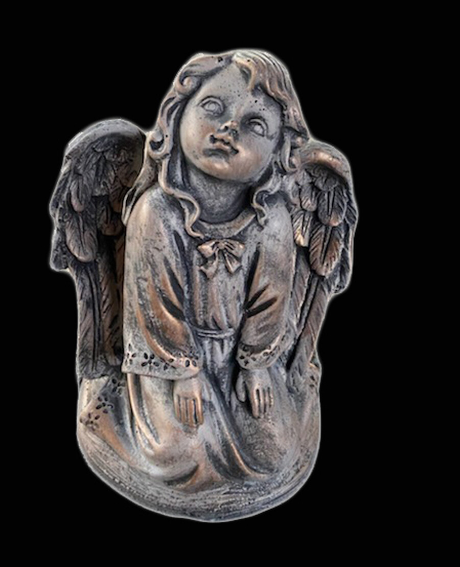 Sm. Wondering Angel