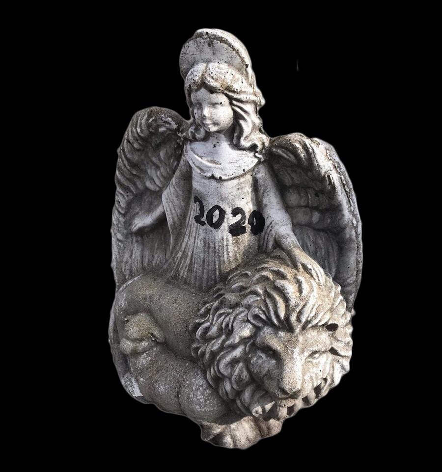Sm. Angel w/ Lion & Lamb