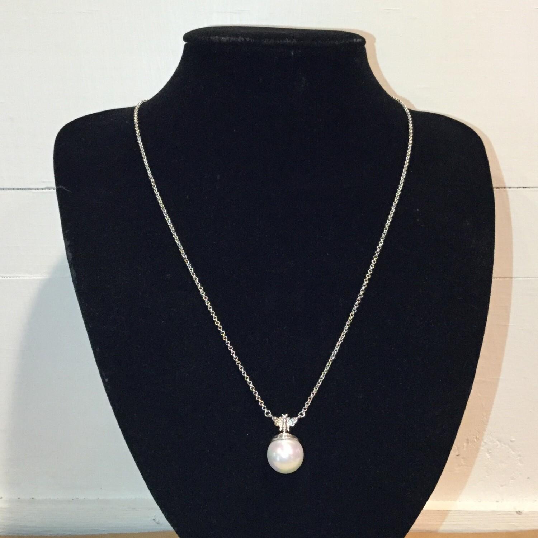 Bee Pearl Drop Necklace - Silver