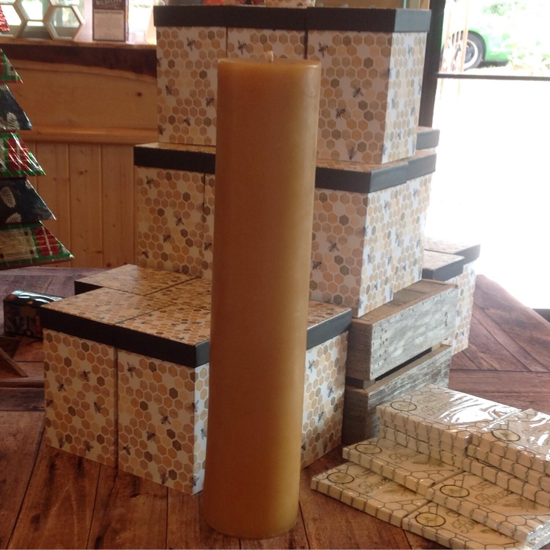 Beeswax Pillar Candle - 18