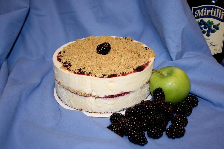Blackcurrant Cheesecake Ice Cream Cake