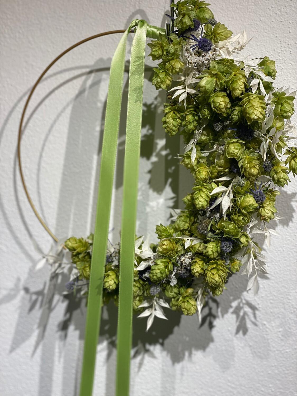 Hopfen Kranz modern - weiß ca. 34 cm