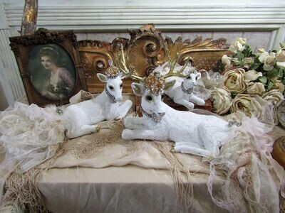 White Albino deer family statue figurines collection,