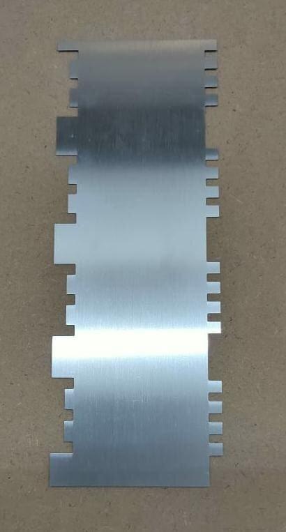 Stainless Steel Tall Patterned Edge Side Cake Scraper Metal Cake Tools 1