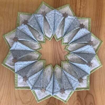 Fold 'N Stitch Wreath Class