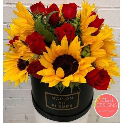 Roundbox Maison Des Fleurs de girasoles y rosas