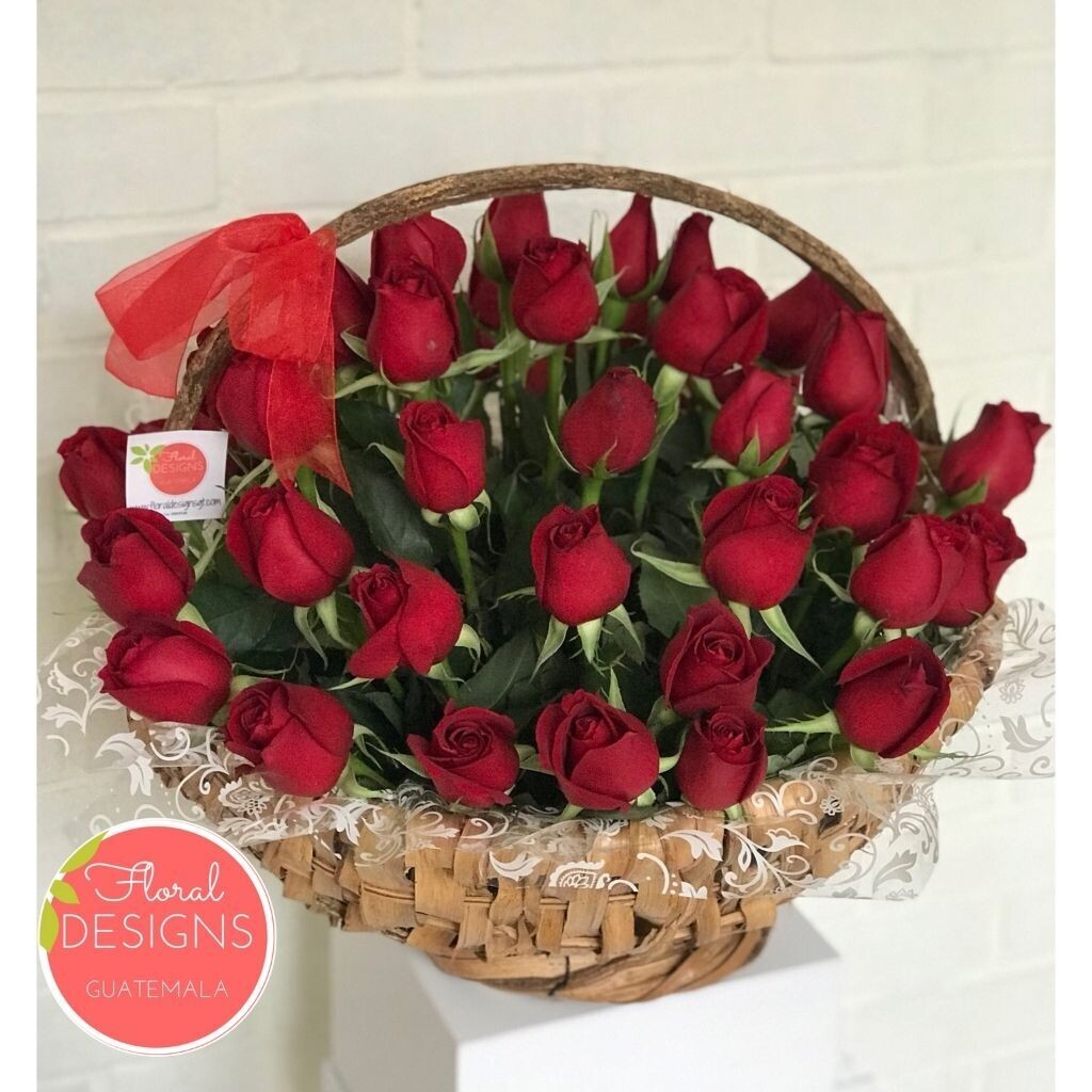 Mega cesta de 48 rosas