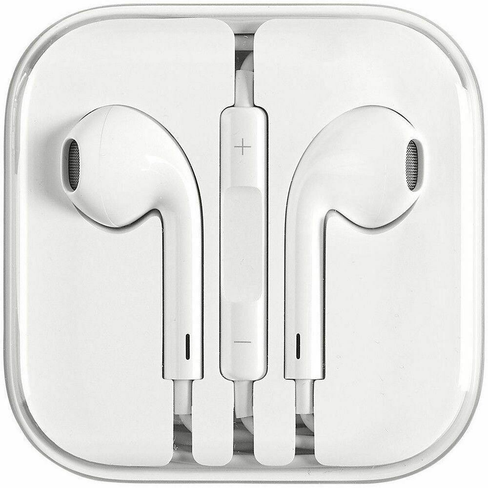 Apple EarPods with Lightning Connector (Designed by Apple)