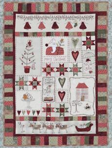 95358 Christmas Fun Quilt Pattern & Button Set $100
