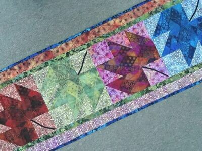 SBAQGACS4.8 Four Seasons Table runner pattern & fabric kit $84