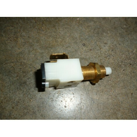 M530 Brake Light Switch
