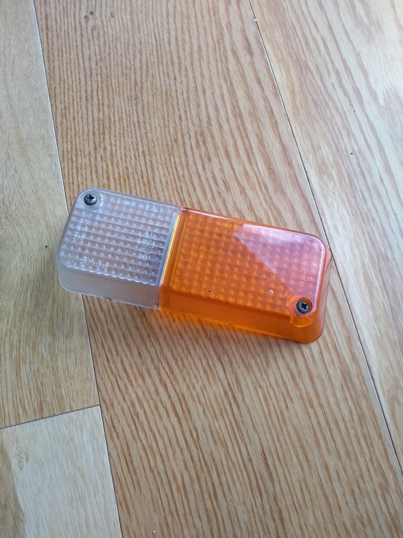 Front Sidelamp/Indicator Lens Murena Driver